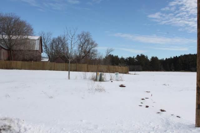 Mill Pond Circle, Weyauwega, WI 54983 (#50235095) :: Town & Country Real Estate