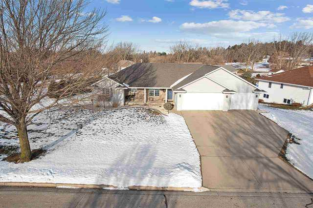 3236 Liberty Bell Road, Green Bay, WI 54313 (#50235097) :: Town & Country Real Estate