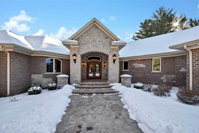 3139 Fairview Road, Suamico, WI 54313 (#50235172) :: Town & Country Real Estate