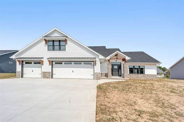 2206 Creeksedge Circle, De Pere, WI 54115 (#50235204) :: Town & Country Real Estate