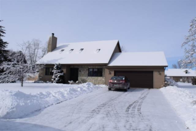 1117 S 19TH Place, Sturgeon Bay, WI 54235 (#50235380) :: Town & Country Real Estate