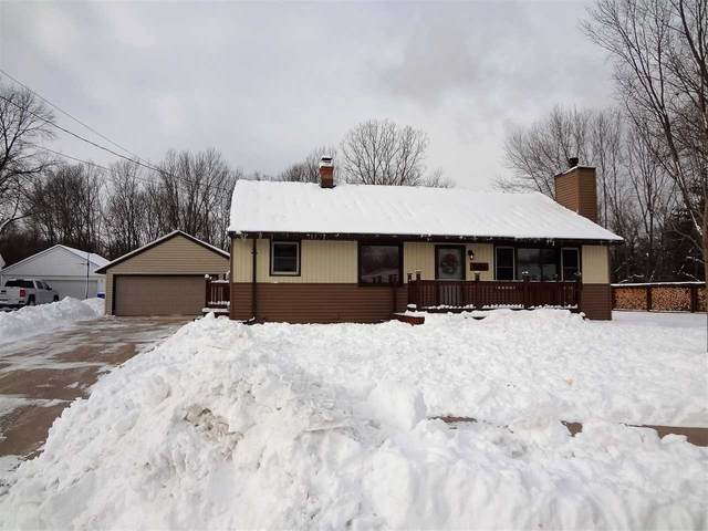 1025 Hennes Court, Kaukauna, WI 54130 (#50235402) :: Town & Country Real Estate