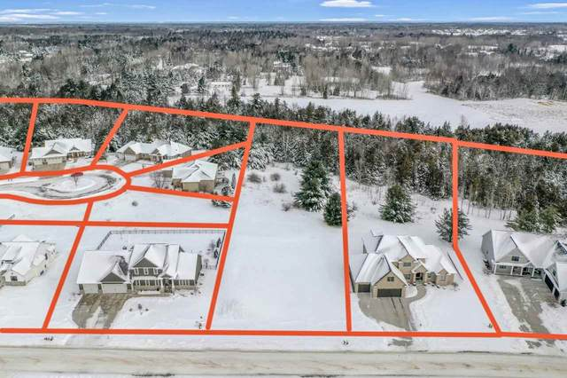 2624 Moose Creek Trail, Green Bay, WI 54313 (#50235479) :: Todd Wiese Homeselling System, Inc.