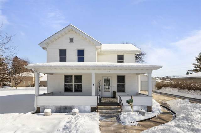 414 Jefferson Avenue, Omro, WI 54963 (#50235482) :: Town & Country Real Estate