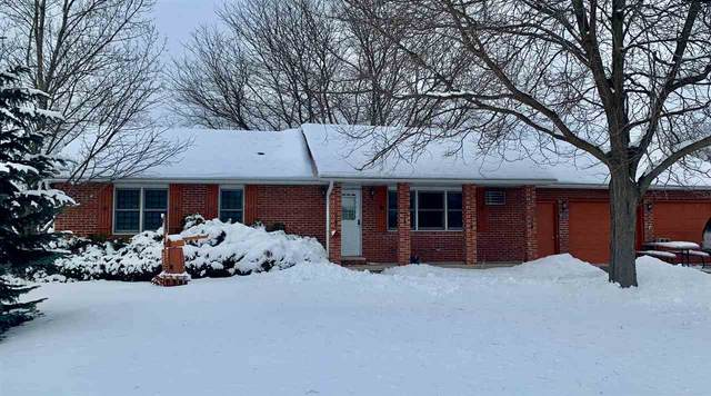 811 Harrison Avenue, Omro, WI 54963 (#50235500) :: Town & Country Real Estate