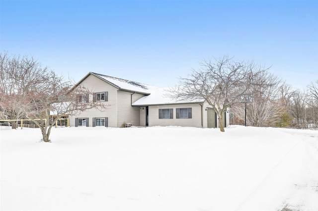 15526 Rosecrans Road, Maribel, WI 54227 (#50235544) :: Town & Country Real Estate