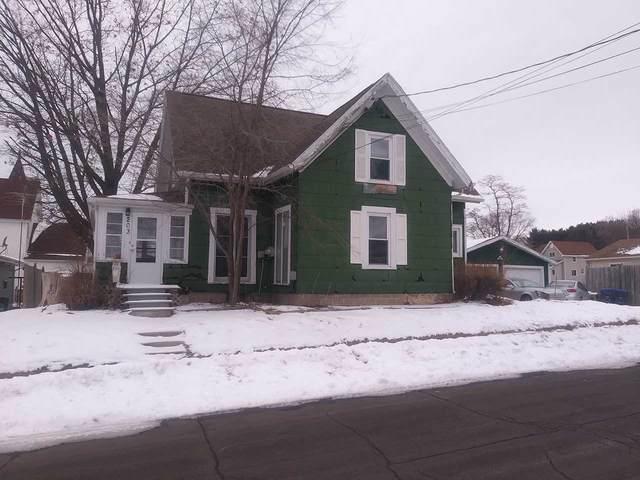 203 N Mill Street, Hortonville, WI 54944 (#50235558) :: Carolyn Stark Real Estate Team
