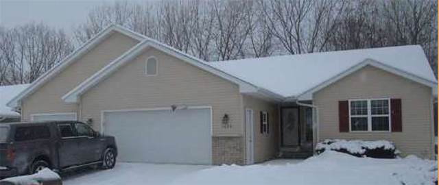 1062 Province Terrace, Menasha, WI 54952 (#50235578) :: Town & Country Real Estate