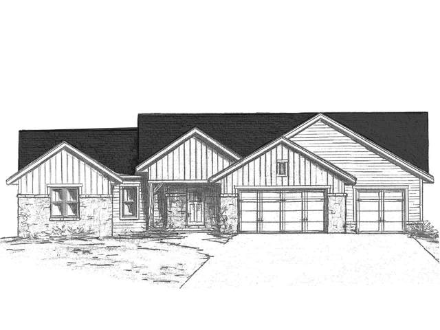 2049 S Mimosa Lane, Neenah, WI 54956 (#50235596) :: Town & Country Real Estate
