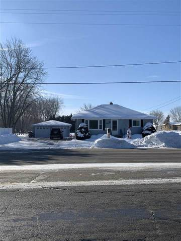 2815 Witzel Street, Oshkosh, WI 54904 (#50235668) :: Town & Country Real Estate