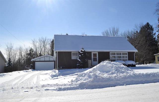 614 E Wallace Street, New London, WI 54961 (#50235705) :: Town & Country Real Estate