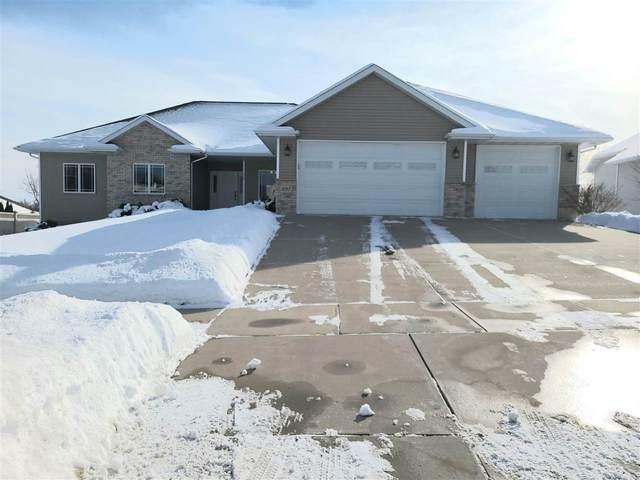 3197 Devroy Lane, Green Bay, WI 54313 (#50235723) :: Todd Wiese Homeselling System, Inc.