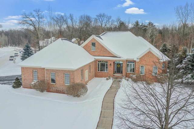 1057 S Wyndrush Drive, Suamico, WI 54173 (#50235729) :: Todd Wiese Homeselling System, Inc.