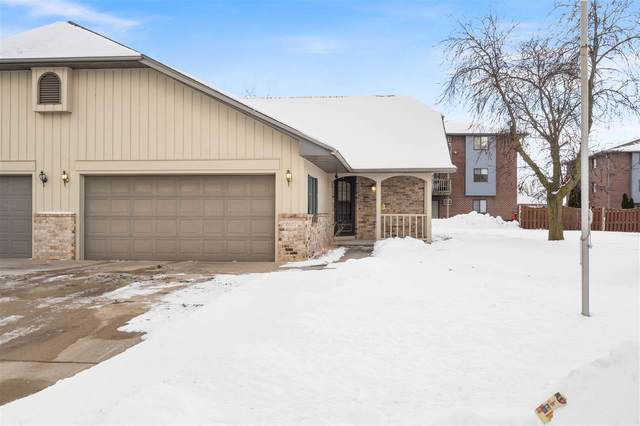 2627 W Parkmoor Court, Appleton, WI 54914 (#50235760) :: Town & Country Real Estate