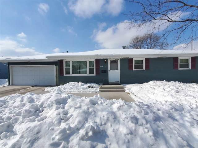 1517 N Linwood Avenue, Appleton, WI 54914 (#50235778) :: Todd Wiese Homeselling System, Inc.