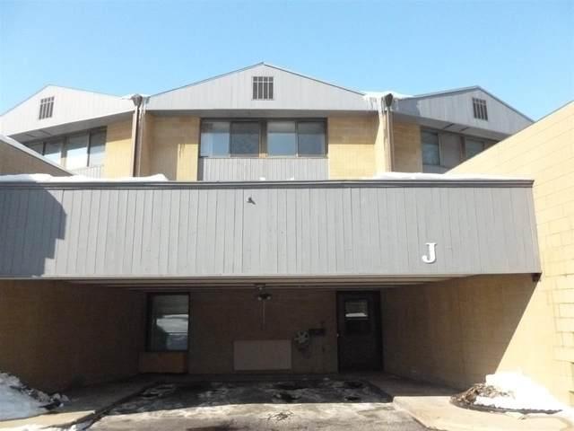 4545 W Pine Street J, Appleton, WI 54914 (#50235806) :: Carolyn Stark Real Estate Team