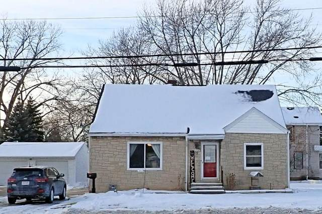 1221 N Irwin Avenue, Green Bay, WI 54302 (#50235830) :: Town & Country Real Estate