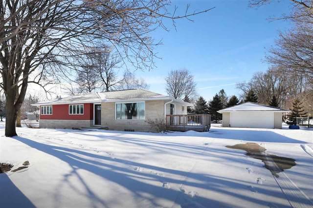 W6649 Greenville Avenue, Greenville, WI 54942 (#50235857) :: Carolyn Stark Real Estate Team