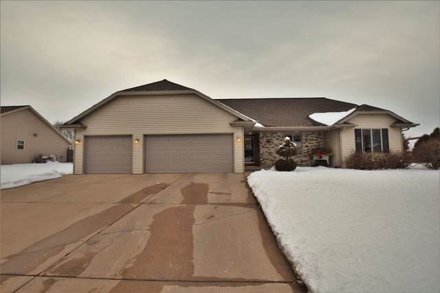 2844 Weeping Willow Drive, Green Bay, WI 54313 (#50235863) :: Carolyn Stark Real Estate Team