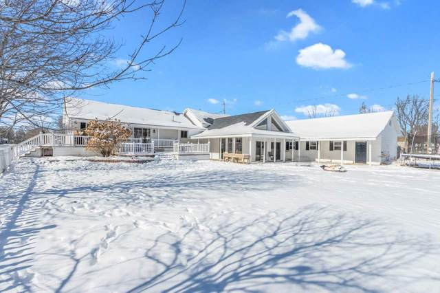 301 6TH Street, Oconto, WI 54153 (#50235867) :: Town & Country Real Estate