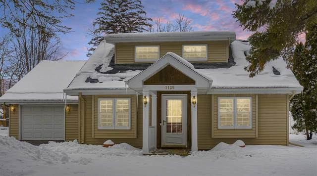 1125 S Park Avenue, Neenah, WI 54956 (#50235882) :: Town & Country Real Estate