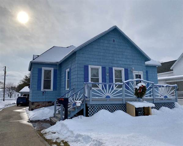 420 Main Street, Oconto, WI 54153 (#50235906) :: Town & Country Real Estate