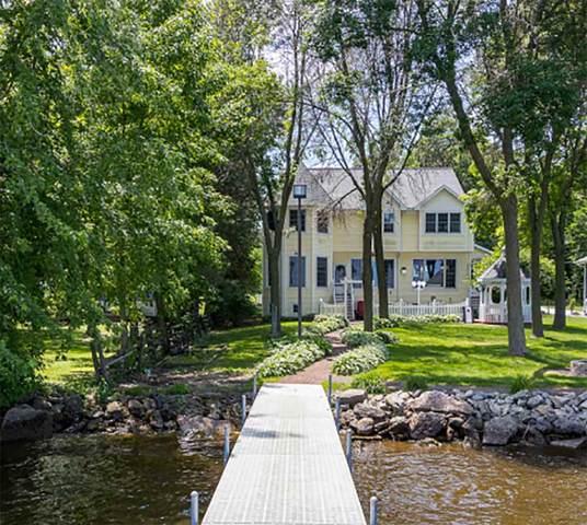 3434 Leonard Point Lane, Oshkosh, WI 54904 (#50235922) :: Town & Country Real Estate