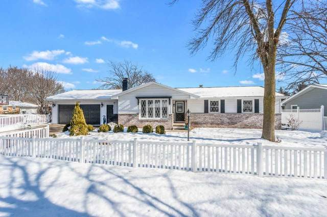 2141 Patty Lane, Green Bay, WI 54304 (#50235928) :: Todd Wiese Homeselling System, Inc.