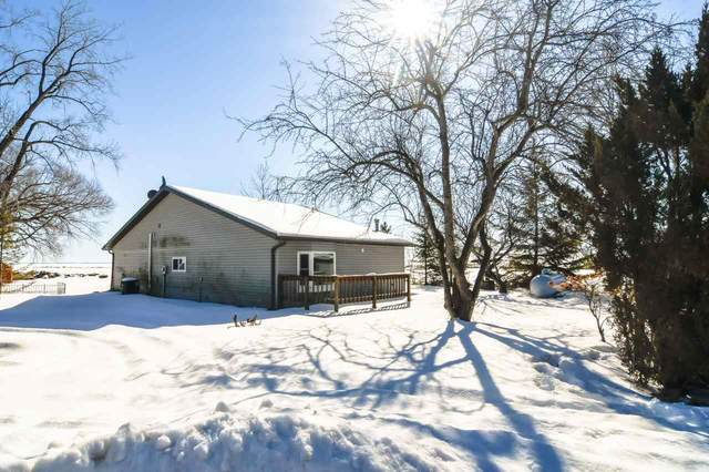 1966 Cottage Road, Little Suamico, WI 54141 (#50235951) :: Town & Country Real Estate