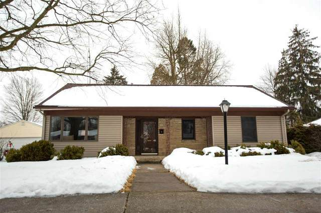 2223 Markham Street, Manitowoc, WI 54220 (#50235992) :: Town & Country Real Estate