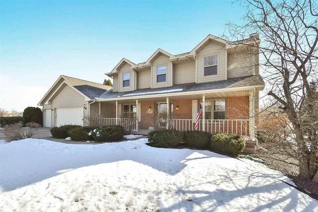 685 Trumpeter Trail, De Pere, WI 54115 (#50236015) :: Todd Wiese Homeselling System, Inc.