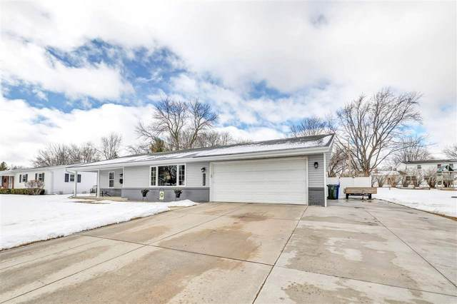 2058 E Vista Circle, De Pere, WI 54115 (#50236019) :: Town & Country Real Estate