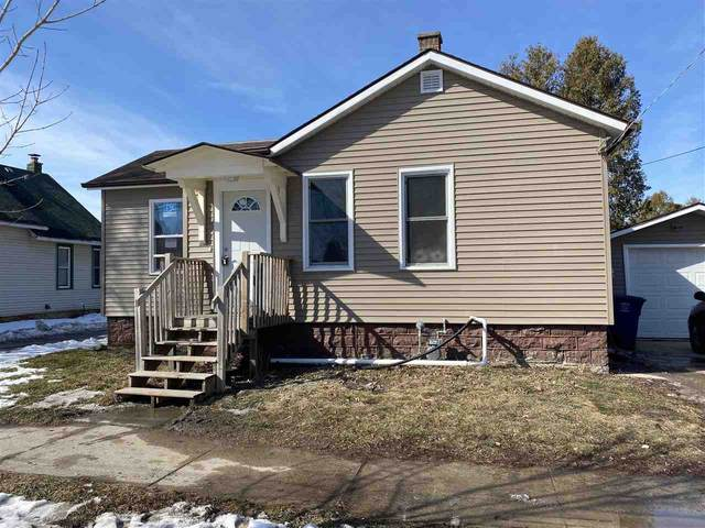 218 S Roosevelt Street, Green Bay, WI 54130 (#50236028) :: Town & Country Real Estate