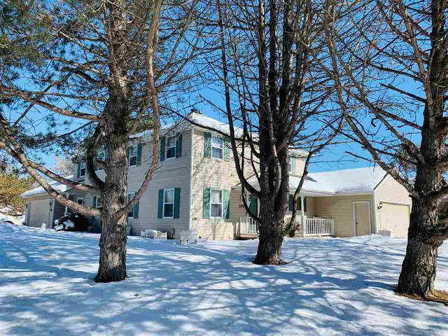 1105 Lacount Road, Green Bay, WI 54313 (#50236031) :: Todd Wiese Homeselling System, Inc.