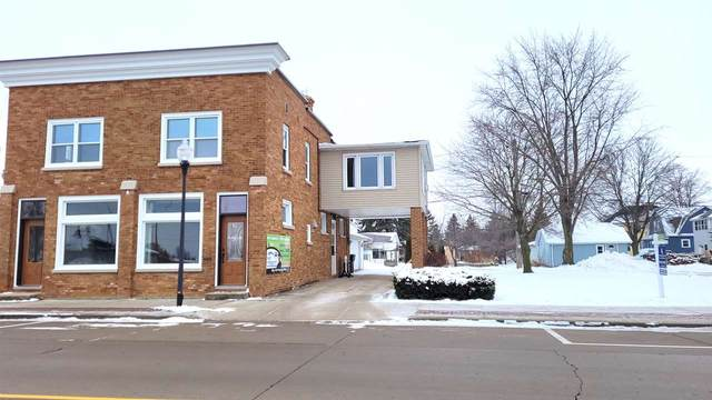 511 W Main Street, Hilbert, WI 54129 (#50236053) :: Ben Bartolazzi Real Estate Inc