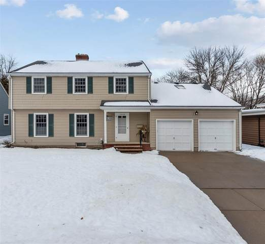 1229 S Lehmann Lane, Appleton, WI 54914 (#50236071) :: Dallaire Realty