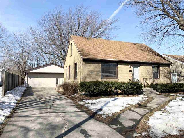 727 Columbia Avenue, Green Bay, WI 54303 (#50236080) :: Todd Wiese Homeselling System, Inc.