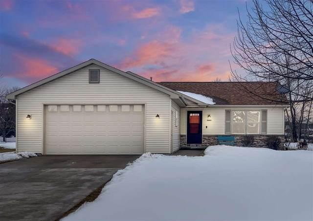 W6491 Rocky Mountain Drive, Greenville, WI 54942 (#50236084) :: Ben Bartolazzi Real Estate Inc