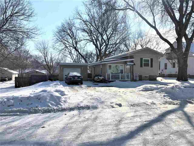 1155 S Norwood Avenue, Green Bay, WI 54304 (#50236101) :: Town & Country Real Estate