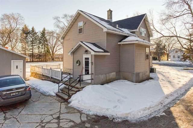 1585 Cold Spring Road, Neenah, WI 54956 (#50236111) :: Carolyn Stark Real Estate Team