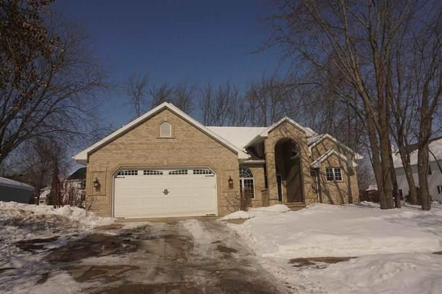 120 E Evergreen Drive, Appleton, WI 54913 (#50236124) :: Ben Bartolazzi Real Estate Inc