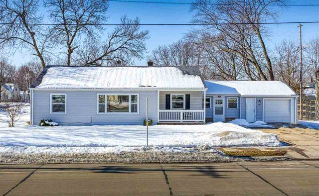807 N Badger Avenue, Appleton, WI 54914 (#50236125) :: Dallaire Realty