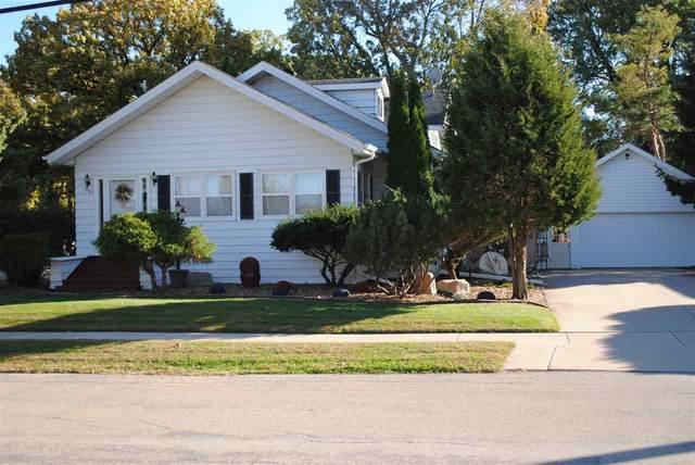 1503 W Linwood Avenue, Oshkosh, WI 54901 (#50236167) :: Dallaire Realty