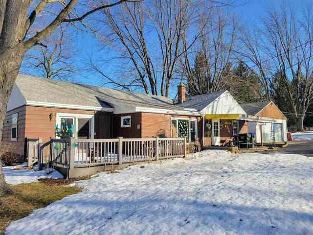 1820 Pershing Road, New London, WI 54961 (#50236171) :: Dallaire Realty