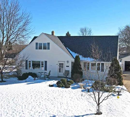2131 E Calumet Street, Appleton, WI 54915 (#50236172) :: Carolyn Stark Real Estate Team