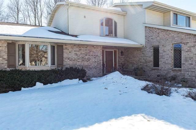 1365 Fox Burrow Court, Neenah, WI 54956 (#50236219) :: Carolyn Stark Real Estate Team