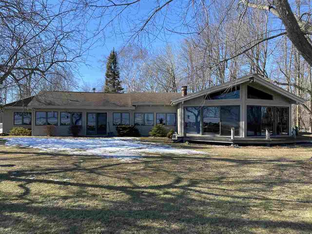 5014 Hwy N, Oconto, WI 54153 (#50236235) :: Town & Country Real Estate
