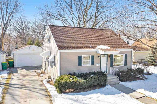 903 Hickory Hill Drive, Green Bay, WI 54303 (#50236257) :: Town & Country Real Estate