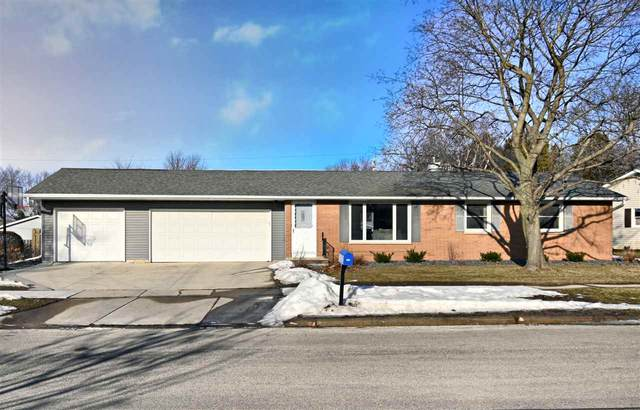 1690 Murphy Drive, Green Bay, WI 54303 (#50236263) :: Town & Country Real Estate