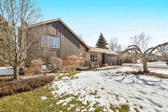2253 Meadow Green Drive, Neenah, WI 54956 (#50236292) :: Symes Realty, LLC